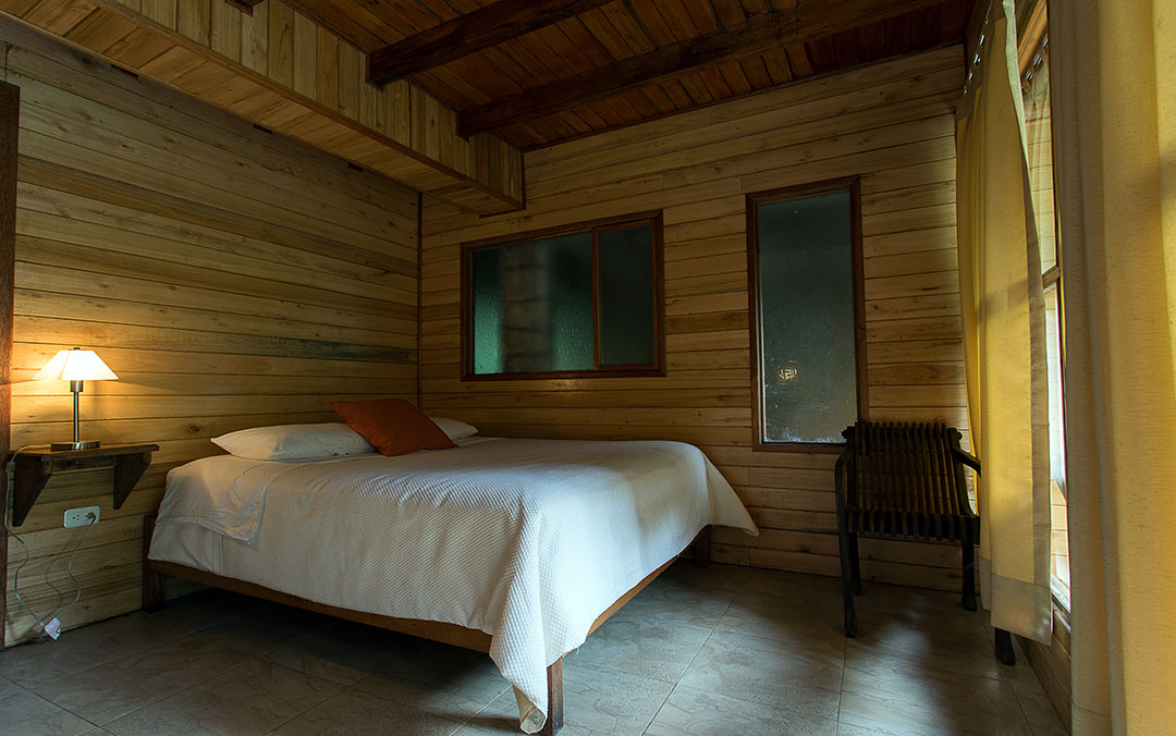 cabanias-con-yacusi-hoteles-hospedaje-hosterias-mindo-turismo-ecologico-ecuador-1