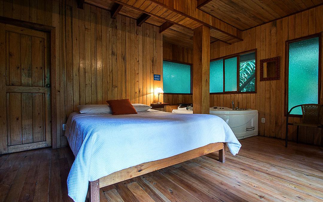 cabanias-con-yacusi-hoteles-hospedaje-hosterias-mindo-turismo-ecologico-ecuador