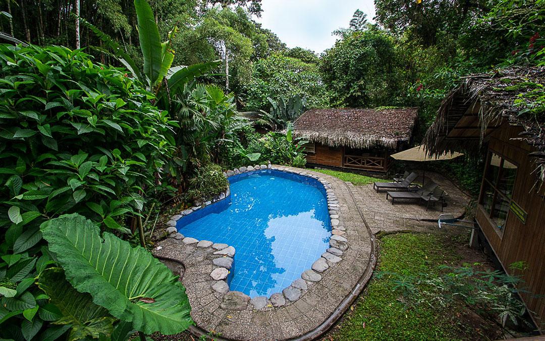 suite-con-jacuzzii-hoteles-hospedaje-hosterias-mindo-turismo-ecologico-ecuador